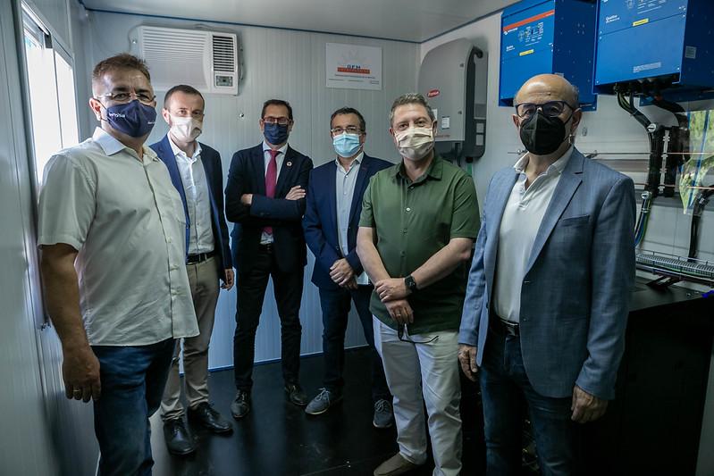 García-Page inaugura la instalación fotovoltaica, realizada por GFM, en la Base Aérea de Los Yébenes,Toledo